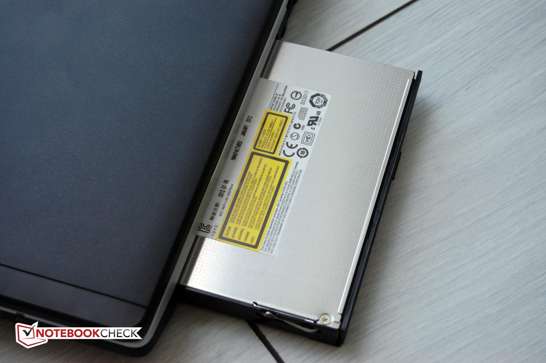 """FUJITSU Lifebook e781 LED Display Glossy 15,6/"""" Full HD 19820x1080"""