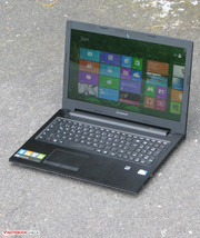 Lenovo's G500s outdoors