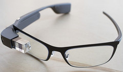 Google Glass smart wearable to get an improved version soon