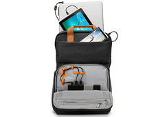 HP Powerup Backpack accessory with 22,400 mAh rechargeable battery