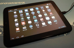HP TouchPad with CyanogenMod Android 4.0-based firmware