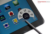 A selection of S Pen commands appear when the pen is held over the tablet, and the stylus button is pressed.