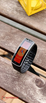 Can be used as a wrist watch: the Gear Fit.