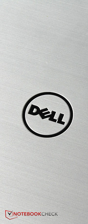 Dell classifies the Inspiron 17-7548 as a mid-range, multimedia laptop.