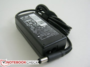 Small (10.5 cm x 2.5 cm x 4.5 cm) AC adapter provides 19.5 Volts