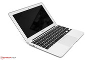 Apple MacBook Air 11 2013-06 MD711D/A