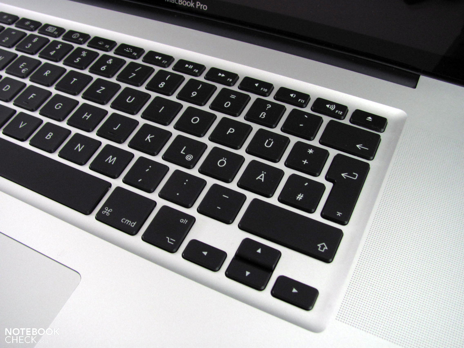 Review Apple Macbook Pro 17 Early 2011 2 2 Ghz Quad Core