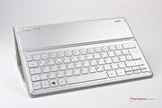 A Bluetooth keyboard is integrated in the Smart-Cover.