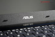 Asus integrated a matte screen with high contrast.