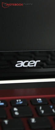 Acer is still trying with its Aspire One series.