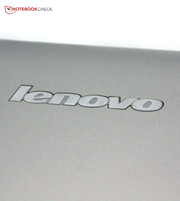 Lenovo builds an affordable and slim subnotebook with the IdeaPad S300-MA14CGE.
