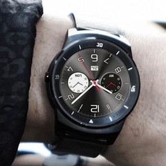 LG G Watch R first generation Android Wear smartwatch