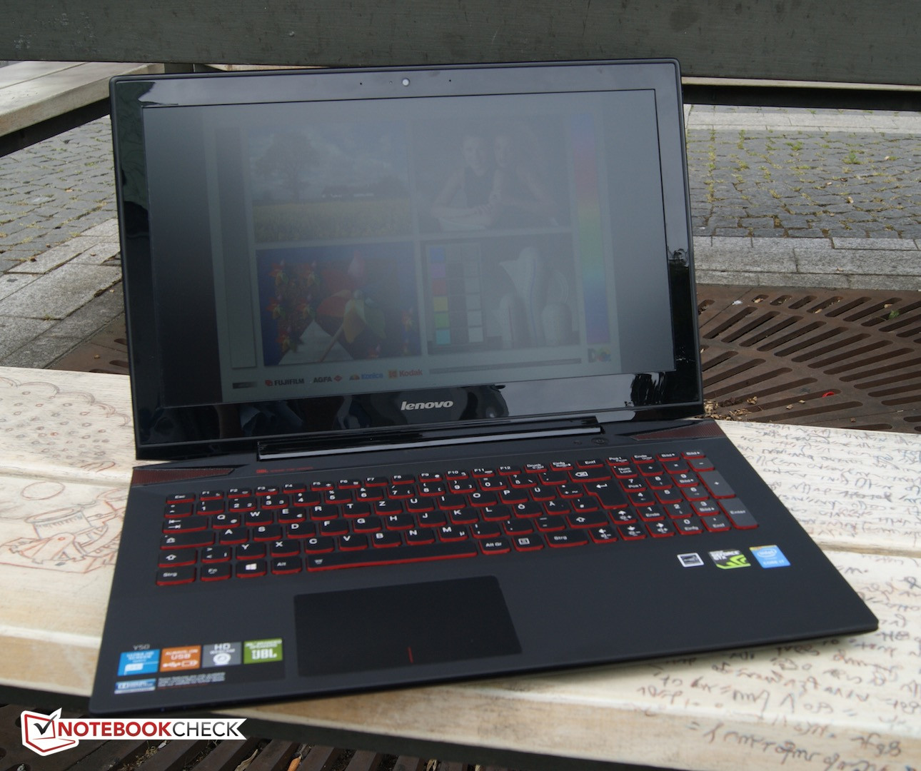 Face Off Asus Rog G501 Vs Lenovo Y50 Vs Acer Aspire V15 Nitro Notebookcheck Net Reviews