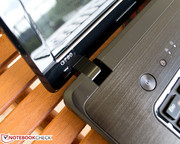 The hinges of Lenovo's G780 let the display rock intensely on vibrating surfaces.