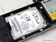 The hard drive is combined with a small SanDisk U100 SSD with 24 GB capacity.