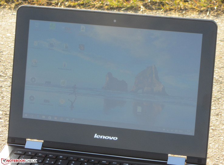The Yoga 300 outdoors (sun from behind)