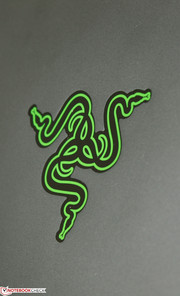 Razer logo lights green when powered on