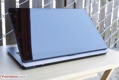 Vaio Z Flip VJZ13BA11L Convertible Review - NotebookCheck