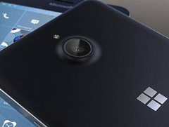 More hands-on photos and renders leak on Microsoft Lumia 850