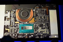 Microsoft Surface Pro 3 with Intel Core i7 processor - inside view