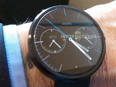 Motorola Moto 360 smartwatch with metal body and IP67 rating