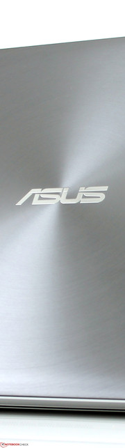 Asus Zenbook NX500JK-DR018H: Light effects on the lid