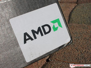 The 6475b is driven by an AMD A6-4400M APU with an integrated AMD Radeon HD 7520G.
