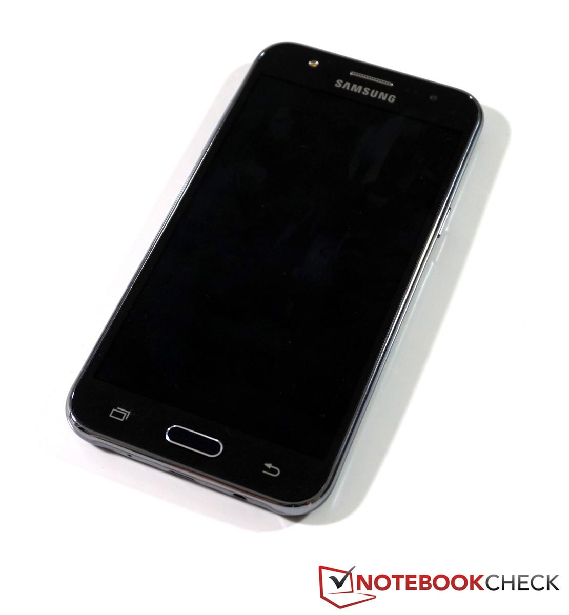 Samsung Galaxy J5 Smartphone Review - NotebookCheck.net Reviews