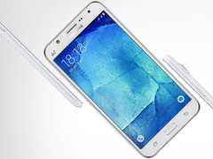 Samsung Galaxy J7 (2016) Android smartphone available on T-Mobile