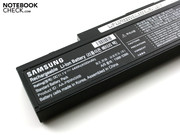 The battery only has a low capacity of 4000 mAh (44 Wh).