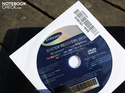 A DVD for Windows 7 Home Premium 64 bit is included.