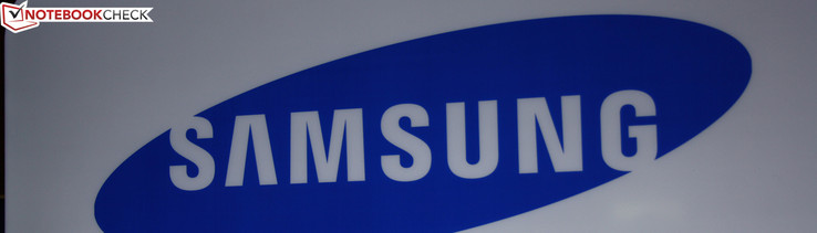 Samsung shrinks its successful 900X3A of 13.3-inch size to the 900X1B of 11.6-inch size, which looks the same.