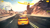 "... or ""Asphalt 8"": The smartphone handles even demanding games very well."