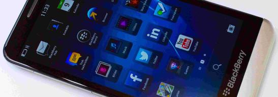 BlackBerry Z30 Smartphone Review - NotebookCheck net Reviews