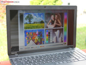 Outdoor: Sunny conditions, but laptop in the shade