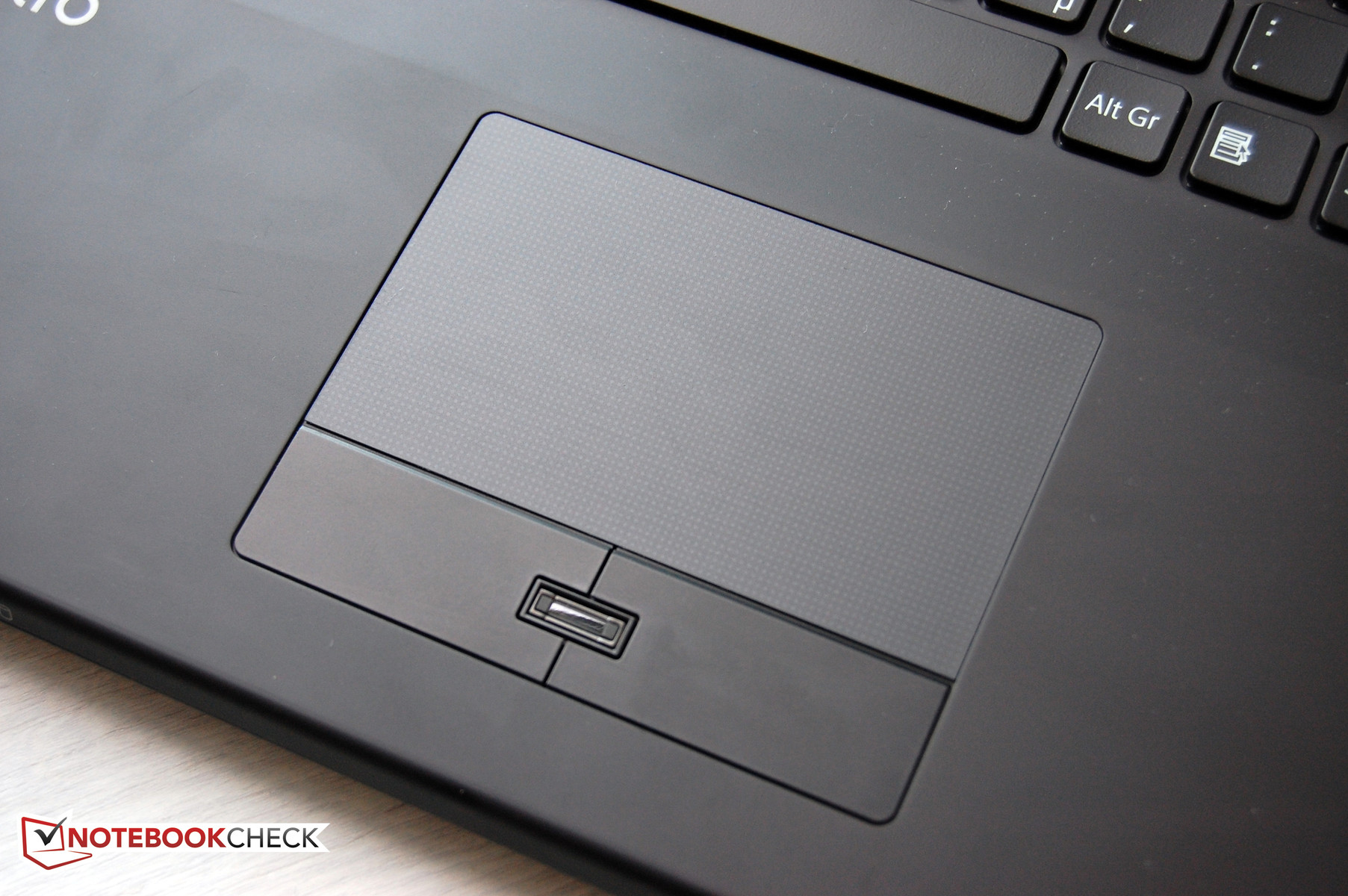 Sony Vaio VPCSE2DGX/B Smart Network Mac