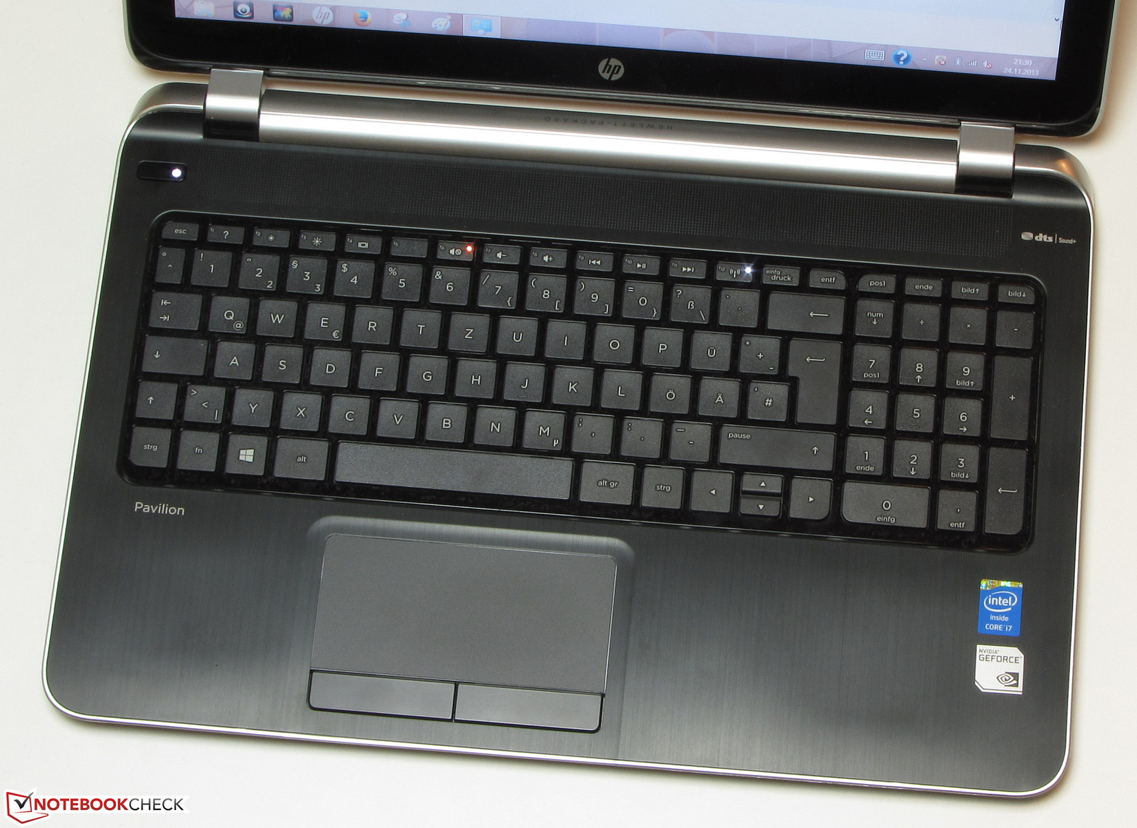 Review HP Pavilion TouchSmart 15-n010sg Notebook