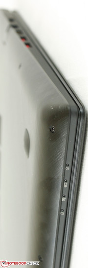 The metal bottom provides hard edges and corners