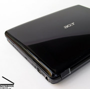 The Acer Aspire 5930G looks very elegant due to its black high-gloss lid.