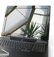 The built-in WUXGA display panel measures 17 inches and has a maximum resolution of 1920x1200 pixels.
