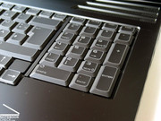 Due to the larger size of the laptop, the m17x includes a separate number block located to the right of the keyboard.