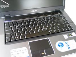 Asus V1S Tastatur