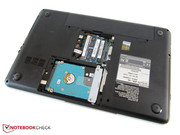 The working memory and hard drive can be accessed via a maintenance cover.