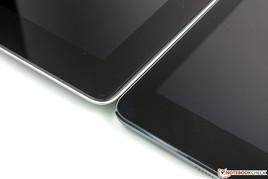 Sitting directly next to each other, the difference in height between the iPad 4 and the Air is clearly visible.