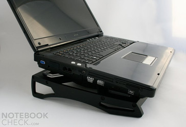 The Antec Notebook Cooler 200 easily stands even the heaviest notebooks. E.g., the Clevo D901C barebone, for which the supporting area was not completely big enough.