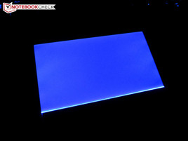 Touchpad illuminated