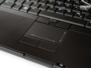 The touchpad / trackpoint combination allows a user-friendly mobile use of this notebook.