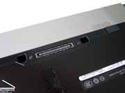 Thanks to docking port on the bottom side of the notebook the M2400 can also be enhanced by further interfaces.