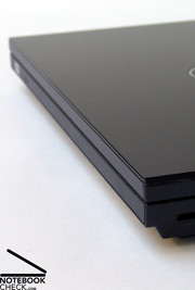 ...shape and colours of the Dell Vostro 1310 make it quickly clear where it sees itself.