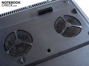 Two air intakes provide the graphic cards with fresh air.